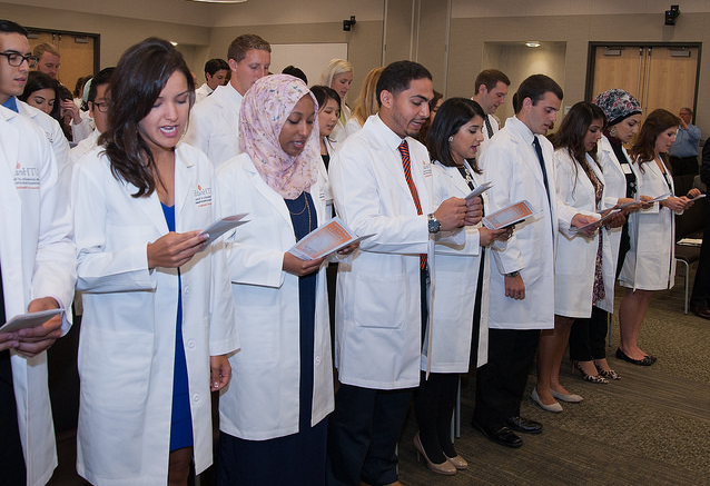 DDS students white coat ceremony