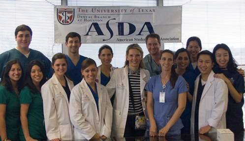 American Student Dental Association (ASDA) members from UTSD volunteered at a health event for refugees.
